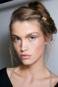 hbz-ss2016-trends-makeup-bronze-ferretti-bks-a-rs16-5276.jpg